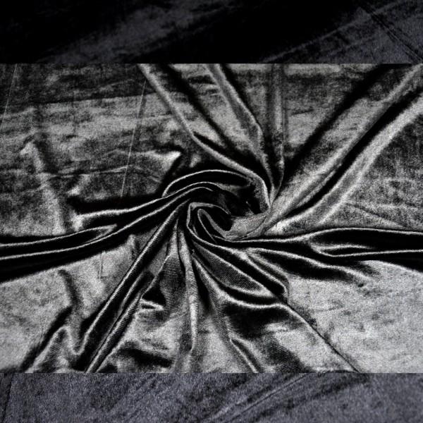 juodas veliūras